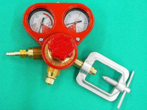 画像1: 逆火防止器内蔵型アセチレン調整器 ヤマト産業製 (1)