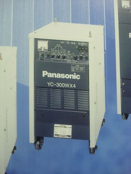 画像1: Panasonicツインインバータ制御交直兼用TIG溶接機 (本体のみ) (1)
